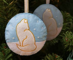 Your $3 donation for this Fancy Feast Festivities tree ornament will benefit Adopt-A-Pet.com